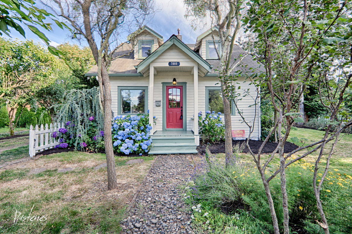 SOLD 7008 NE Going St, Portland, OR 97219